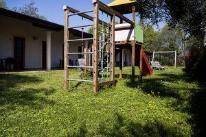 giardino agriturismo lago di Garda camere